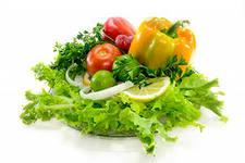 Ешьте больше зелени и овощей.