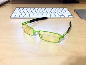 Как выбрать очки для работы за компьютером: на что обратить внимание?